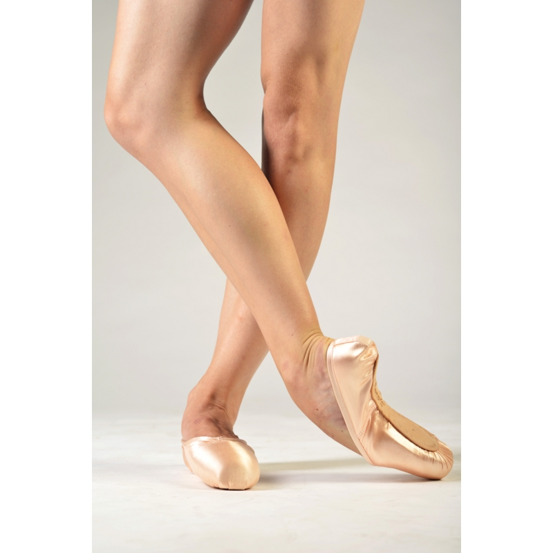 Discount Pointe Shoes from Bloch, Capezio, Freed, Grishko, Mirella