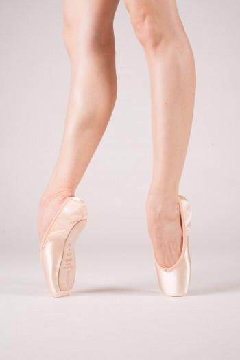 Freed Studios Opera pointe shoes