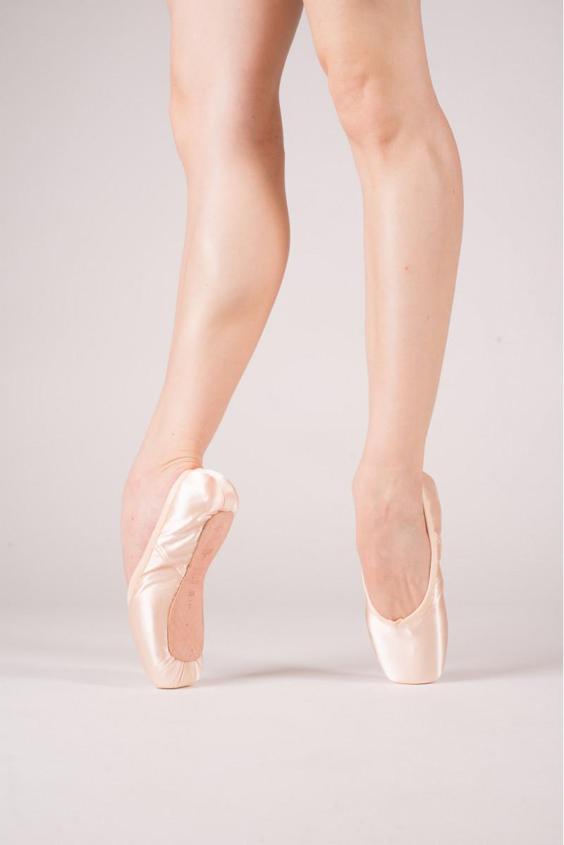 Bloch Balance European Strong pointe shoes
