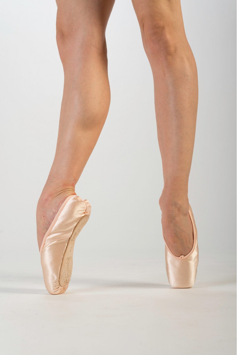 Repetto Carlotta pointe shoes