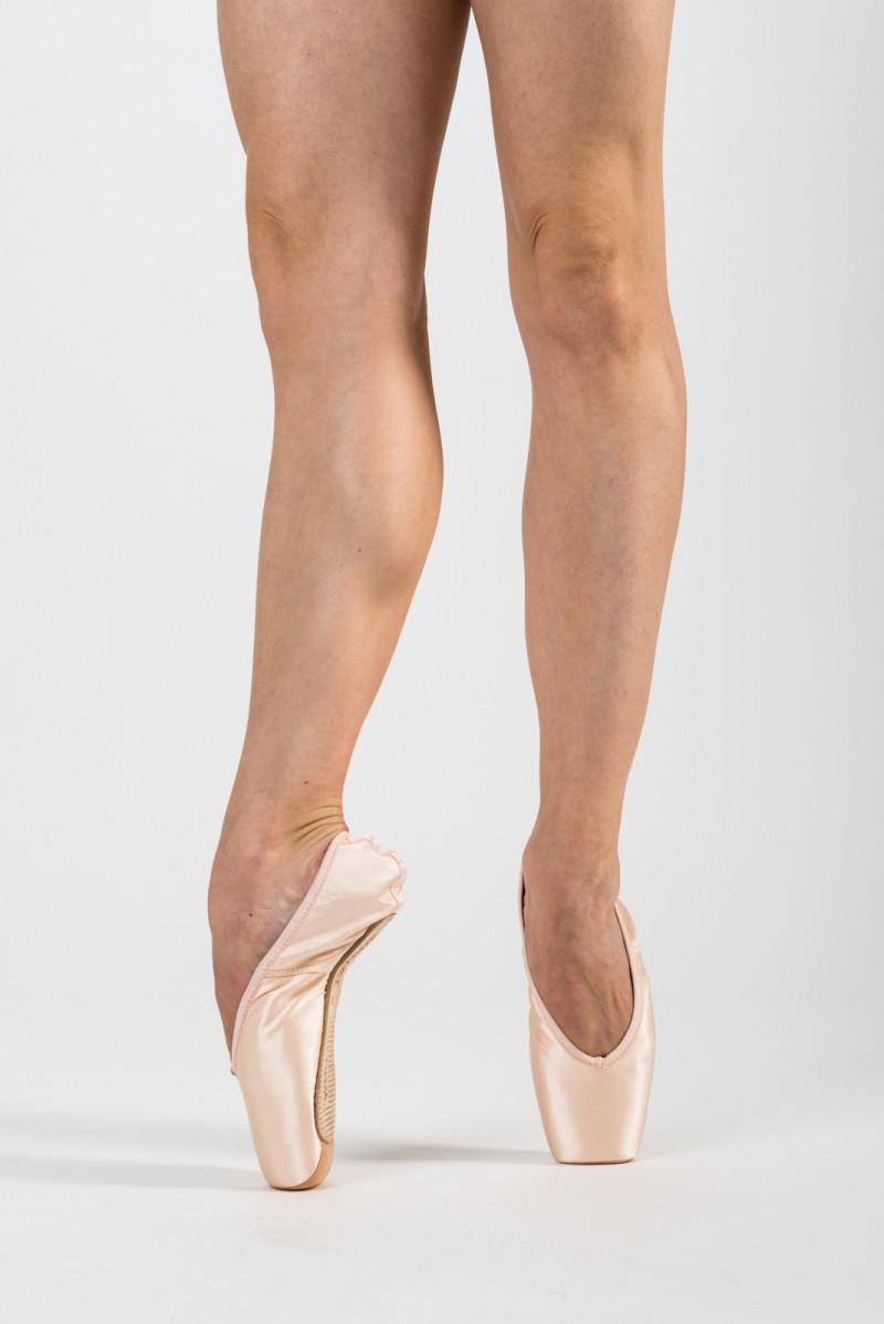 Merlet Diva pointe shoes