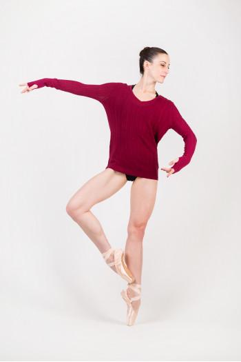 Bloch Eadric Z6989 burgundy pullover