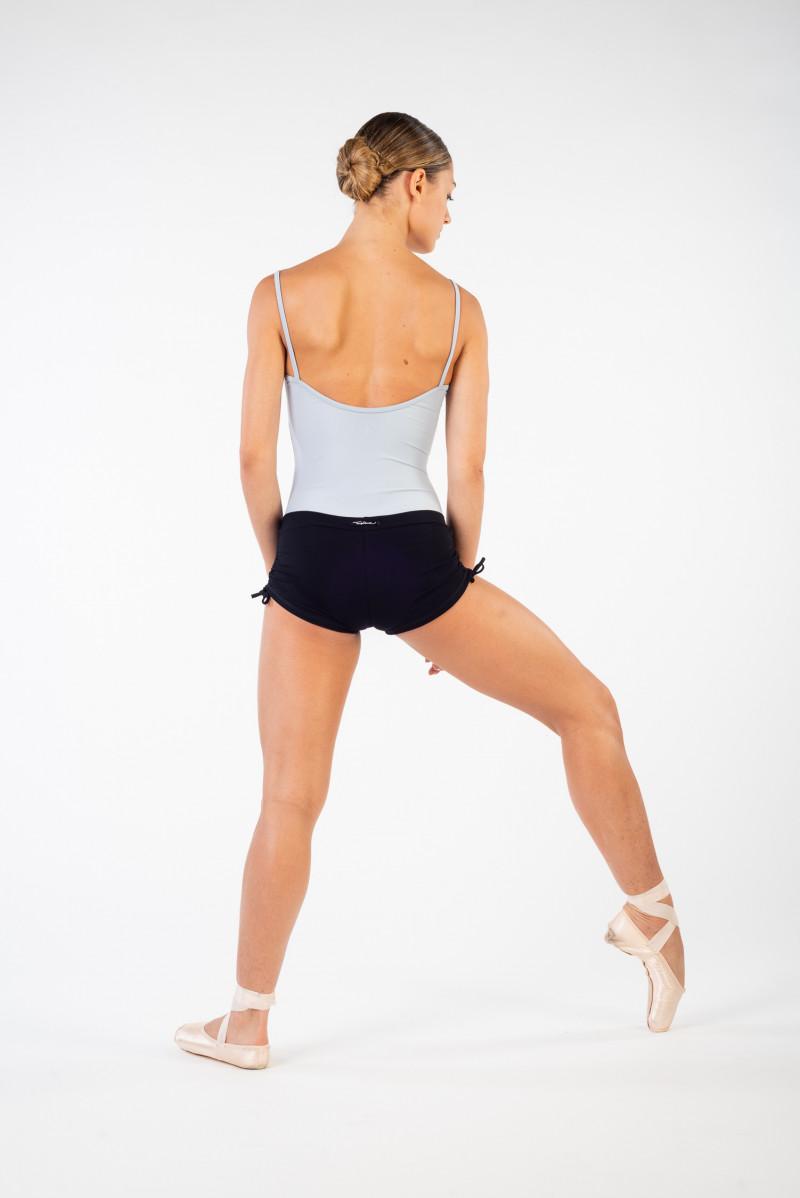 Short court Temps Danse Amita