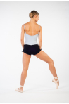 Short court Temps Danse Amita