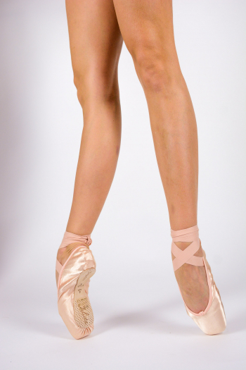 Repetto Julieta pointe shoes for beginners