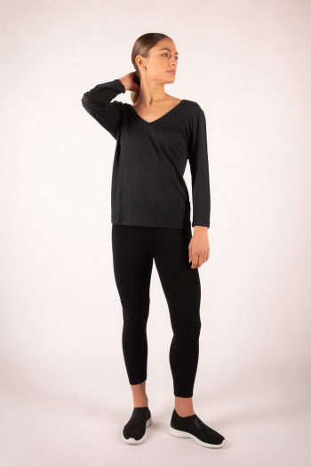 Long-sleeved T-shirt in Majestic Filatures black linen