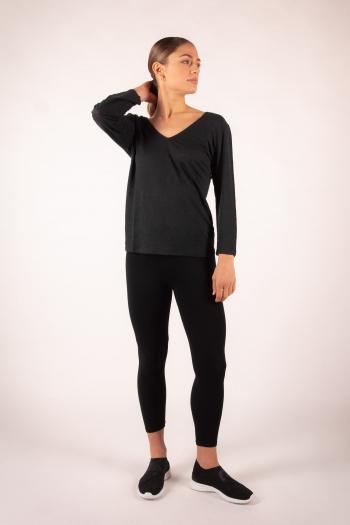 Long-sleeved T-shirt in Majestic Filatures black linen