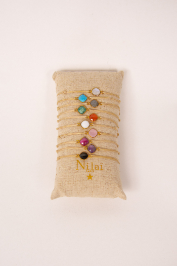 Bracelet link color stones