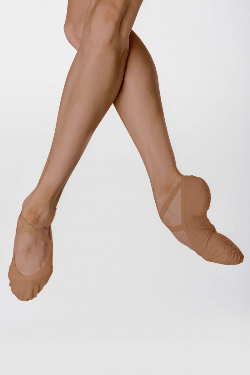 Wear Moi split-sole stretch canvas slippers Vesta Tan