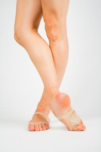 String de pied capezio strass