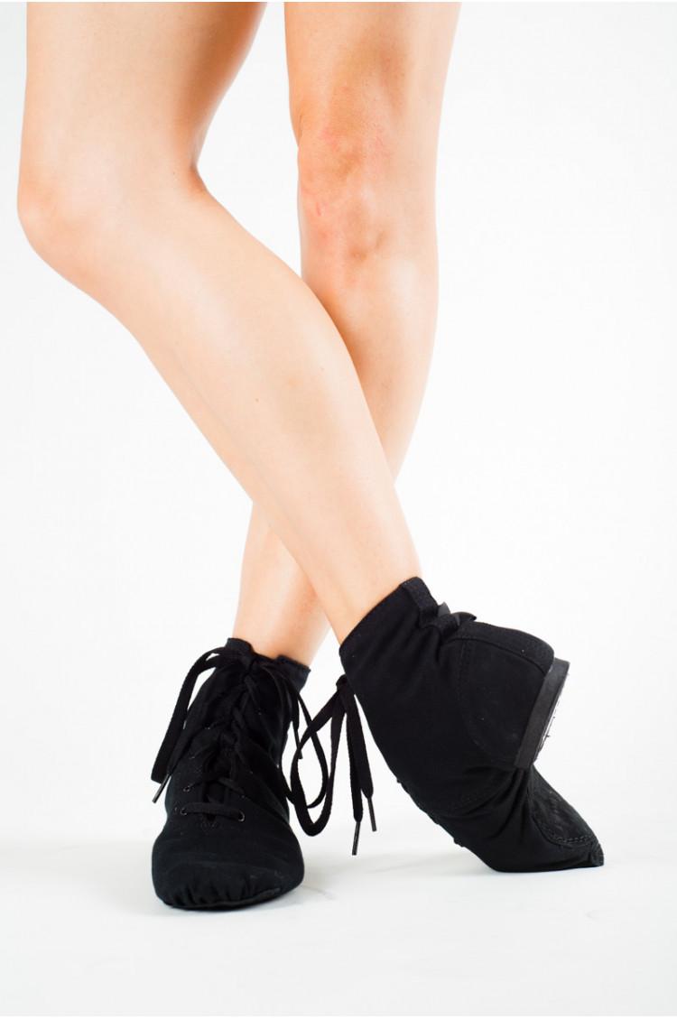 Black jazz boots