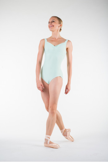 Wear Moi galate Mint leotard