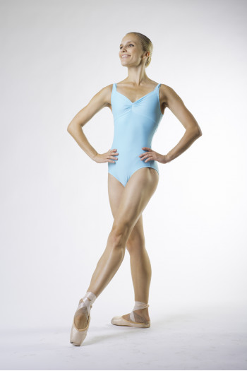Wear Moi galate Pacific leotard