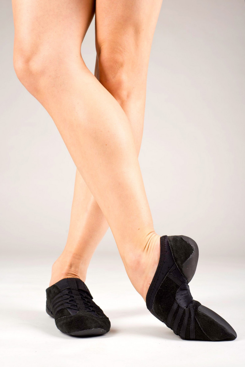 Capezio black jazz shoe rubber sole