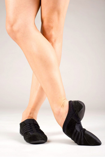 Capezio black jazz shoe rubber sole