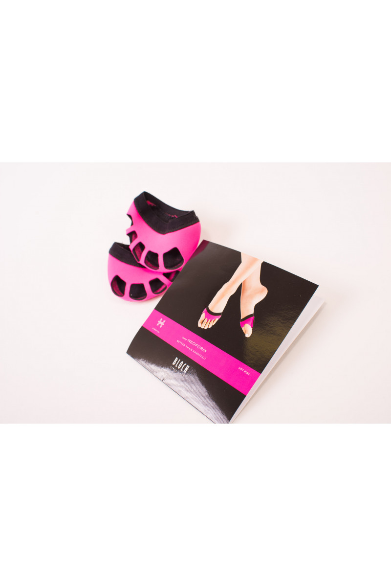 Bloch neo-form Fluo pink foot thongs